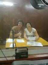 """A punto de iniciar el noticiero """"En Directo"""", con mi colega Yoenia García Bagués."""